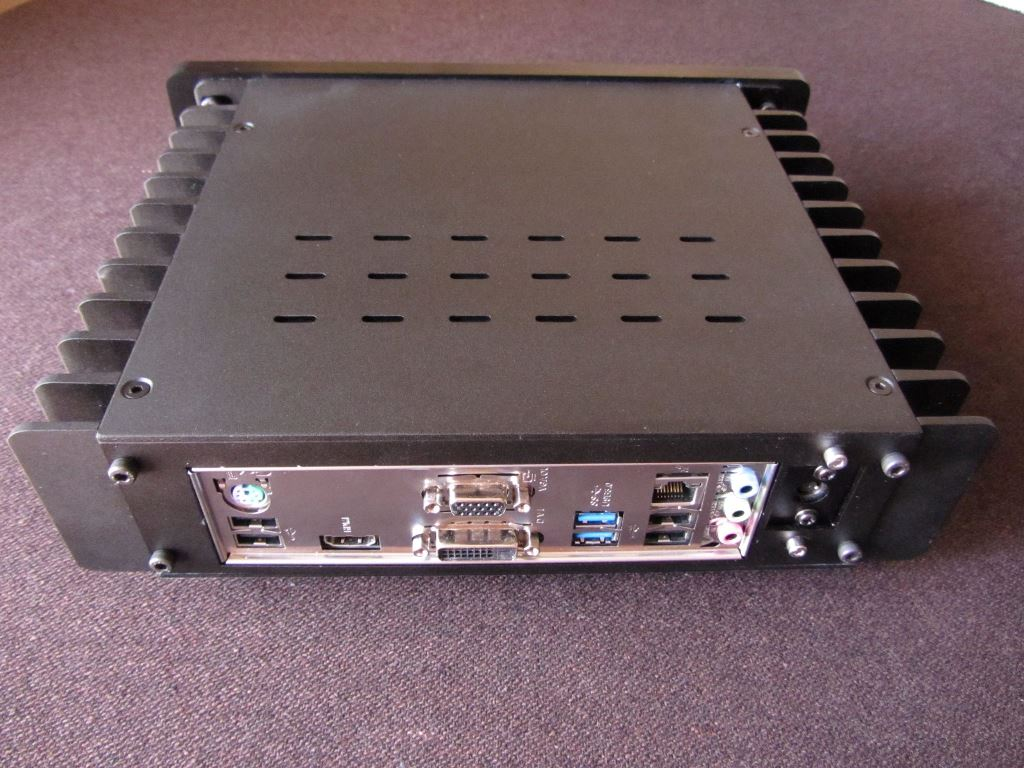 H1.S Fanless PC Build from Italy with eSATA port added.