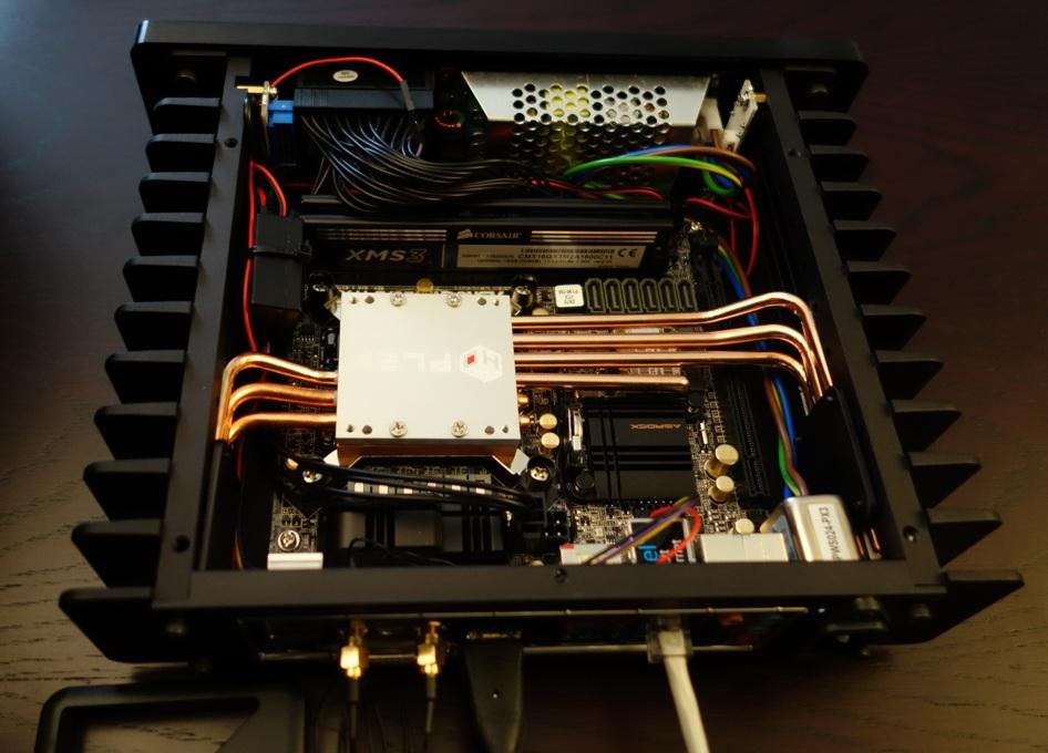HDPLEX Fanless H1.S computer case with Zotac Z87E Haswell Corei3-4130T