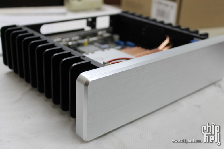 HDPLEX H1.S Fanless Computer case review from Chiphell.com