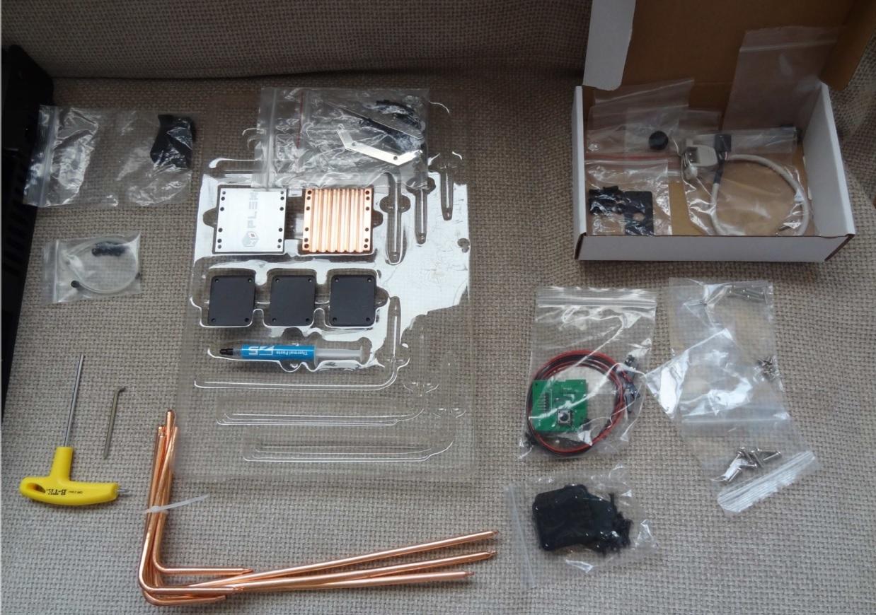 HDPLEX H10.S Fanless PC case review by JH from Czech