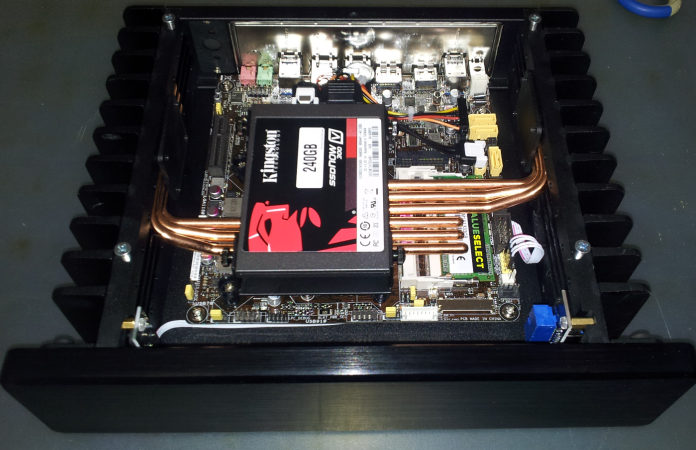 HDPLEX H1.S Fanless Computer case from Coolprojects Italy