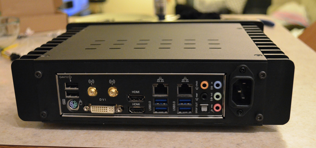 HDPLEX Fanless H1.S HTPC case review